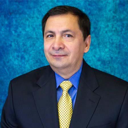 Dr. Leonel Torres